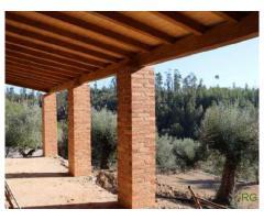 Nova Moradia em fase de construção e quintinha com olival-6km de Tomar